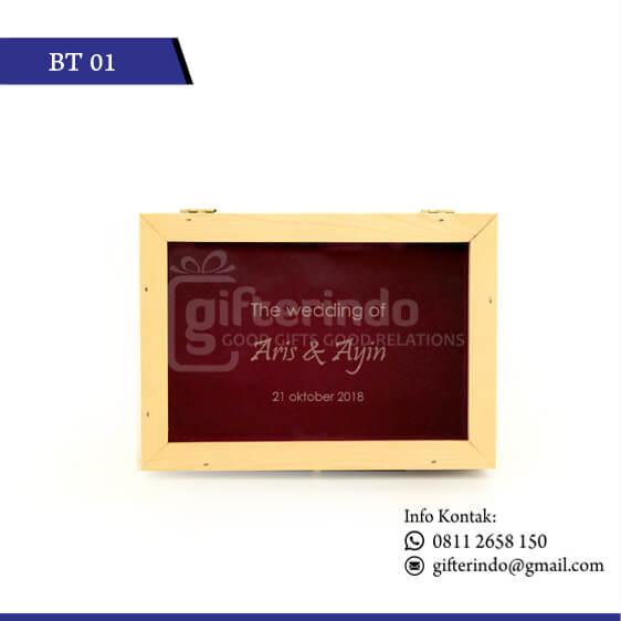 BT01 Gift Box Kayu