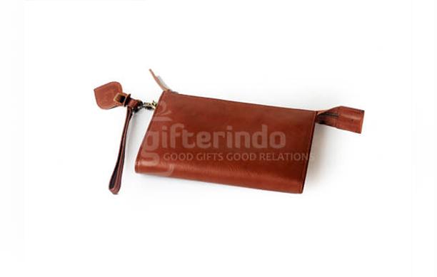 5 Tips yang Bisa Diikuti Saat Memilih Dompet Kulit Pria